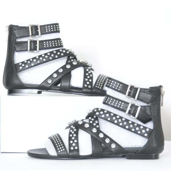 8f126e7d1ac6   STEVE MADDEN   SHIFT BLACK GLADIATOR SANDALS